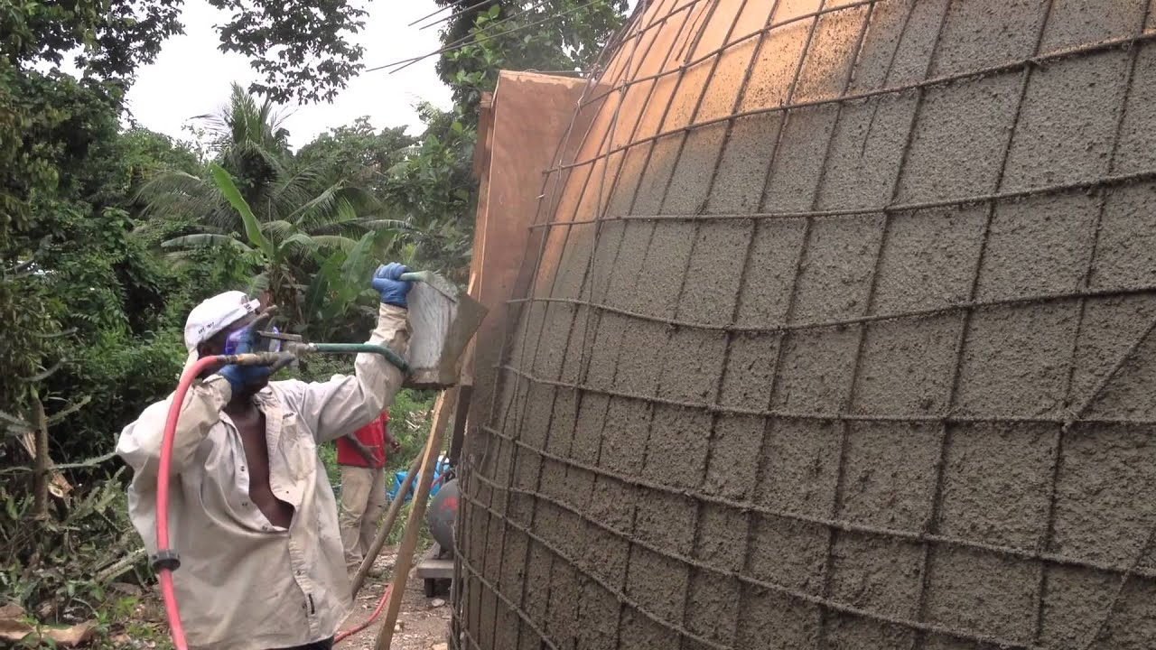 Monolithic Dome Construction With A Stucco Sprayer
