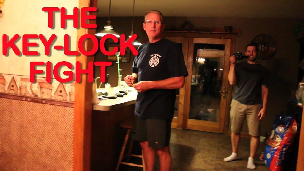 THE KEY-LOCK FIGHT!
