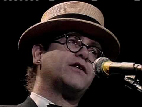 Elton John Inducts the Beach Boys 1988