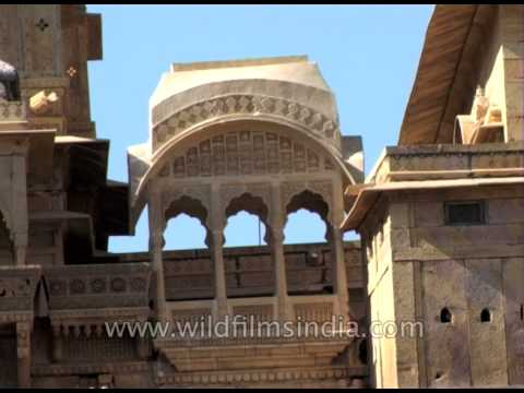 Jaisalmer is an amazing town with rich history and vibrant culture