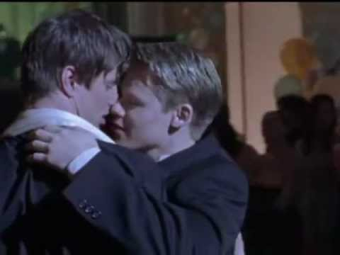 Brian and justin queer as folk prom