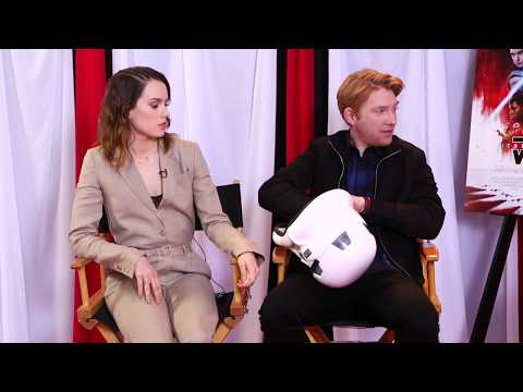 Daisy Ridley, Rian Johnson, Kelly Marie Tran & Domhnall Gleeson 'The Last Jedi' QnA (2017)