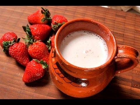 Atole de fresa - Strawberry Atole