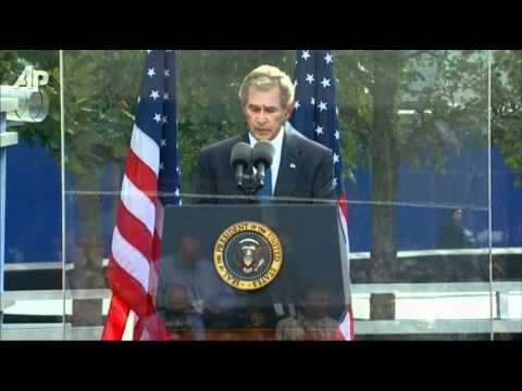 Bush Reads From Lincoln Letter at Ground Zero.