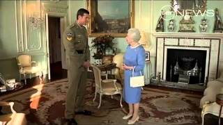 Victoria Cross recipient meets the Queen
