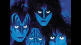 Watch Kiss Creatures Of The Night video