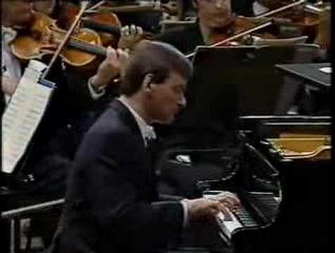 Hough Stephen Koncert fortepianowy f-moll część 1