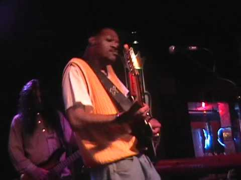Eric Gales - Texas Flood - LIVE at BB Kings 3-21-2010.