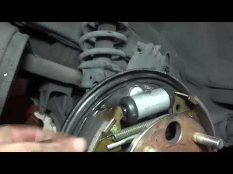 DIY: Repalce Wheel Cylinder on a Honda