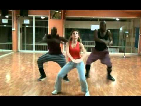 Myriam fares African dance ميريام فارس ترقص افريقي thumbnail