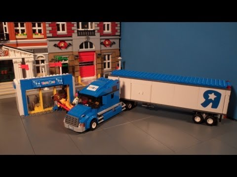 Lego 7848 Toys R Us Truck Review City