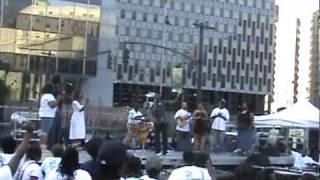 Watch Dewayne Woods God Still Heals video