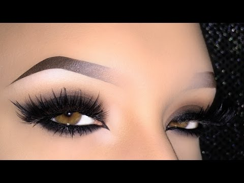 Sexy Dark Arabic Smokey Eye Makeup Tutorial using The Balm - المكياج العربي