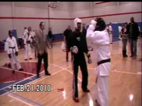 Mr Alphonso Parker of Detroit Martial Arts Institute sharing training Techniques Image 1