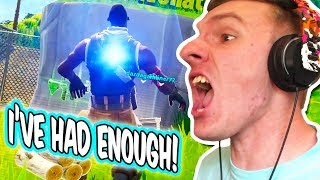 NOW I REMEMBER WHY I NEVER PLAY THIS!!! // Fortnite Battle Royale Online Matches [Squads]