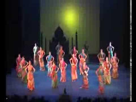 Achi Lagti Ho - Escuela Danza Ana Belén Albacete