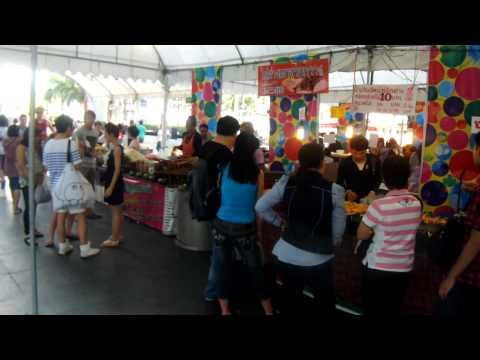 [Image Stabilization Test] Fujifilm Finepix Z900EXR 1080/30p movie @Bangkok Central World (walking)