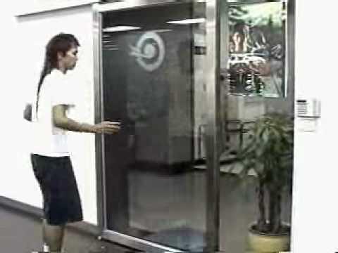 Porte japonaise youtube for Porte japonaise