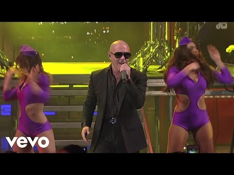 Pitbull - International Love (live On Letterman) video