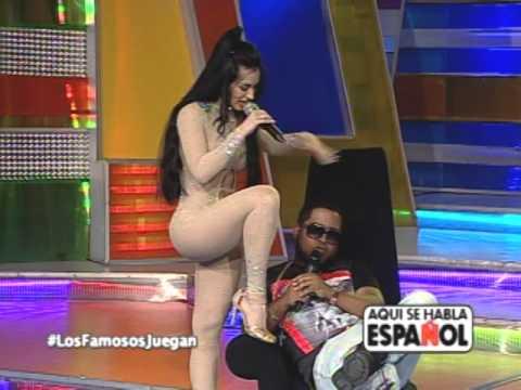 Diosa Canales enamorando a Chimbala en Aqui se Habla Español