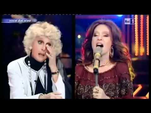 """Tale e Quale Show – Serena Autieri """"Maledetta primavera"""" 11/05/2012"""