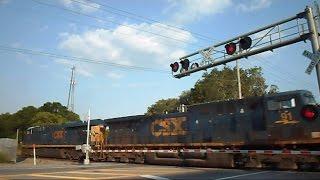 Amtrak & CSX Trains Blow Their Horn Through No Train Horn Quiet Zone