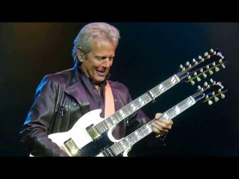 Hotel California - Don Felder - Hard Rock Live, HWD, FL DSCN1481