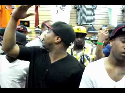 Pop Vs Skeezy Rd.1 Exclusive Stylez Rap Battle League.wmv