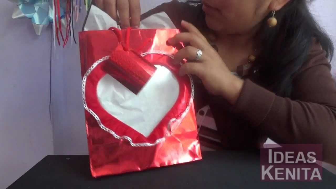Decorar bolsa de regalo para el 14 de febrero youtube for Decorar regalos