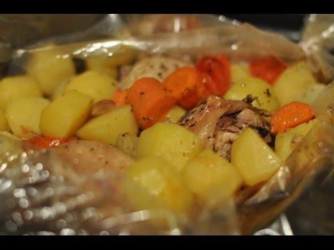 Картошка с овощами и мясом в рукаве Видео рецепт Как приготовить картошку в рукаве