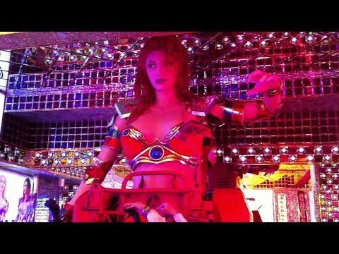 robot restaurant 新宿歌舞伎ロボットレストラン