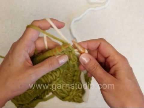 How to knit a horizontal 2-coloured braid