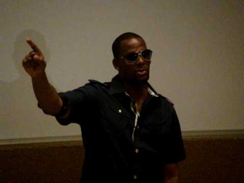 R Kelly live in South Africa June 2009 Video