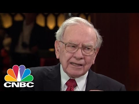 Warren Buffett: Amazon's Jeff Bezos 'Changed The World' In A Big Way | CNBC