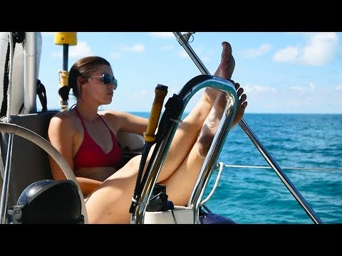 What's it  REALLY like to live on a boat? (2018) Sailing Ruby Rose