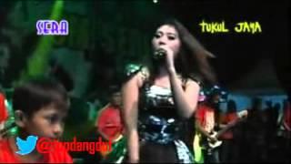 download lagu Sera Via Vallen Selingkuh Dangdut Koplo Live Karanganyar 2015 gratis