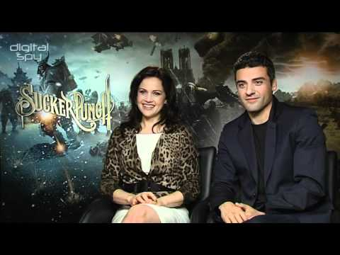 Carla Gugino, Oscar Isaac chat