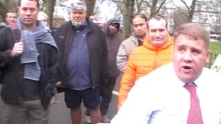 Muslim comes to debate Jay at Hyde Park