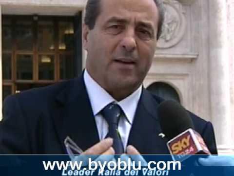 Marcello Dell'Utri: Berlusconi non deve dimettersi