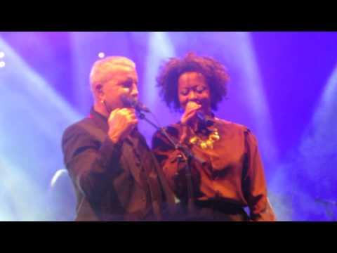 Bernard Lavilliers - Elle Chante