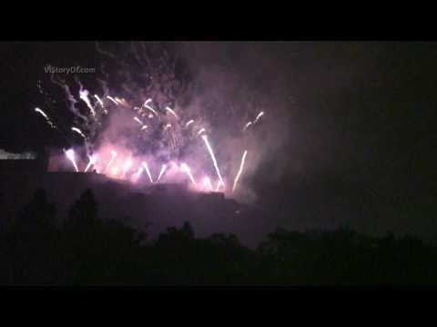 End of Edinburgh Festival Fireworks: Video Story Travel Guide