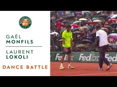 Dance battle between Monfils and Lokoli at Roland Garros