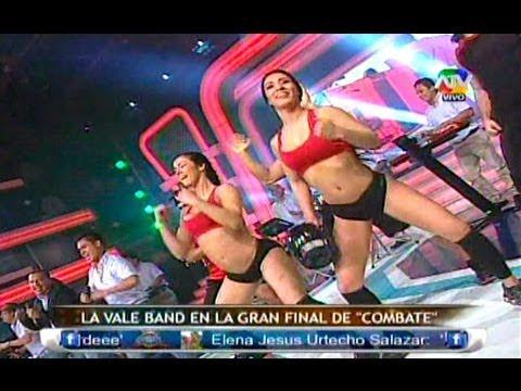 COMBATE El baile de la Gallina con la Vale Band en vivo  08/08/13