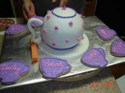 Amber of Cakes Teapot Cake
