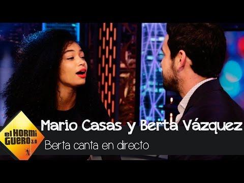 Berta Vázquez canta en directo la canción de 'Palmeras en la Nieve' - 'El Hormiguero 3.0'