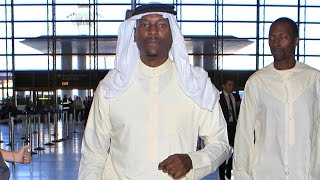 Tyrese Wears Traditioanl Arab Clothing At LAX On His Way To Middle East