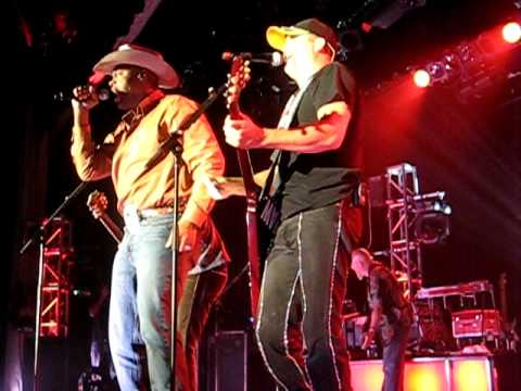 Cowboy Troy With Big & Rich--i Play Chicken With The Train video