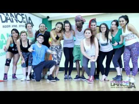 SOUTH AMERICANS IN JAMAICA 2015 - DANCEJA / DANCEHALL  CLASS COLOMBIA