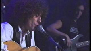 Watch Angelo Branduardi Piano Piano video