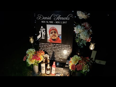 Friggin' Grave Robber! Weird Vegas Cemetery! Fremont Street...Rosie is Live! IRL Streaming Las Vegas
